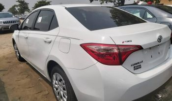 Toyota Corolla SE 2017-2018 complet